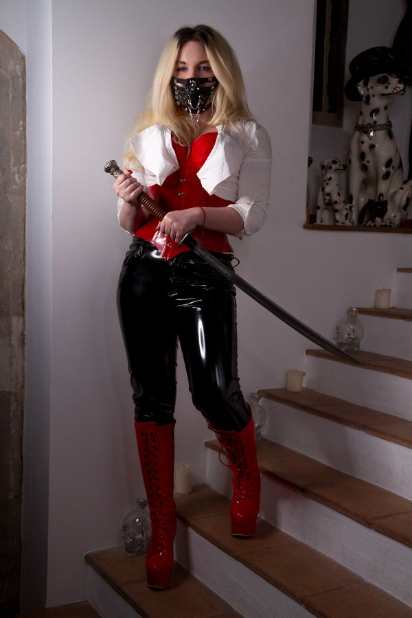latex and leather worship mistress in London YJ